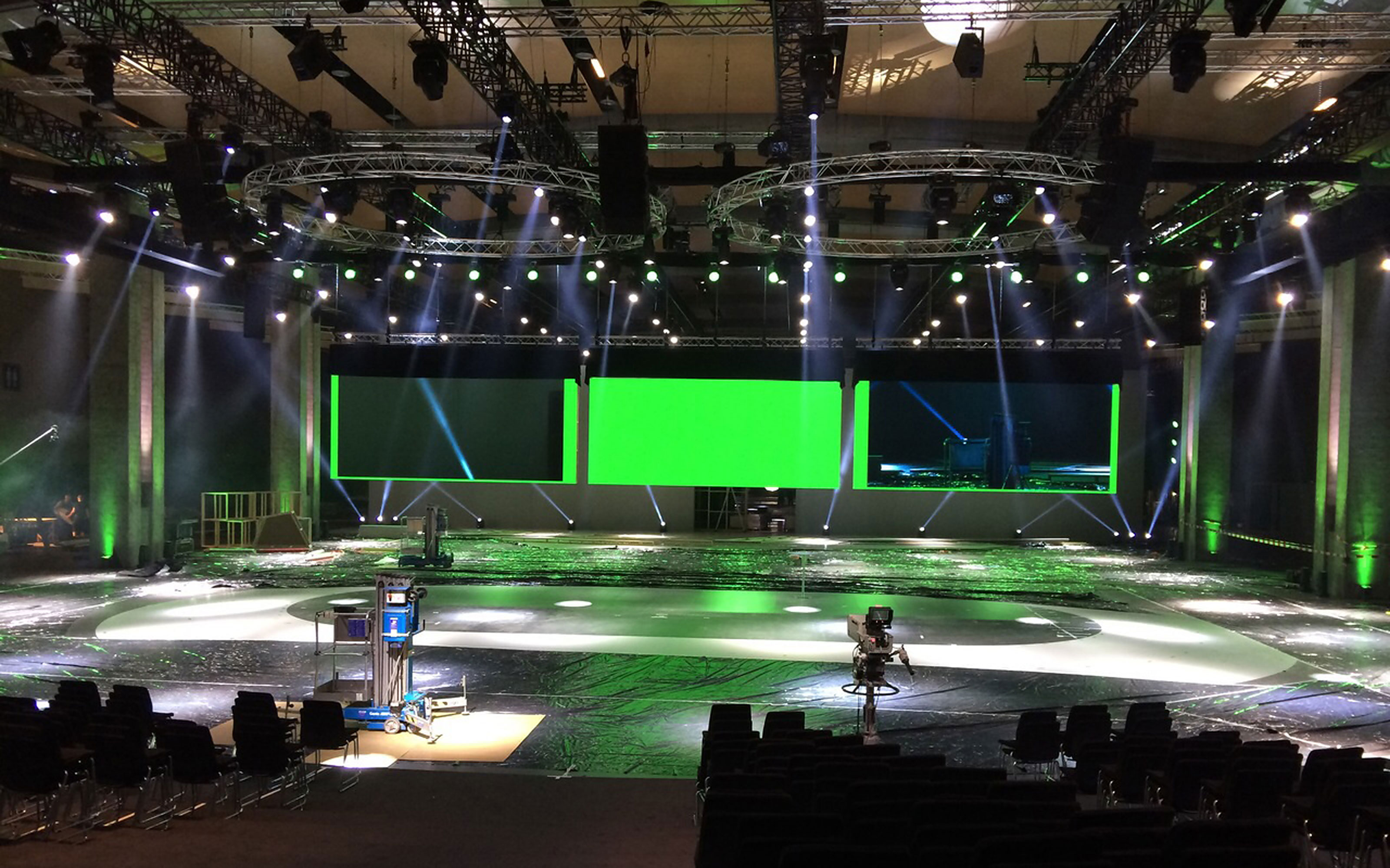 maniana-design skoda led screens onsite